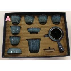 Théière , 7 tasses et service à thé